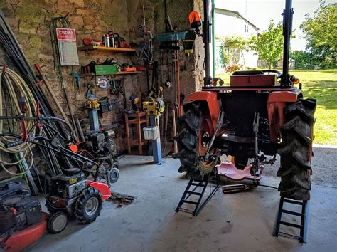 Tractor Home Workshop · Free photo on Pixabay