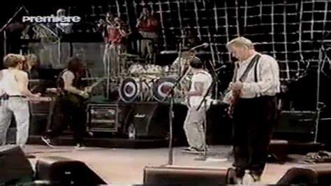 The Who - special guest David Gilmour - YouTube