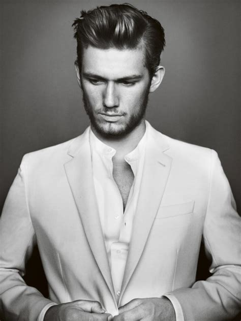 Alex Pettyfer is more aesthetic and SKINNIER than channing