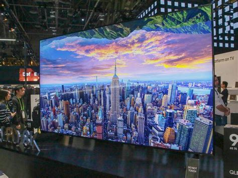 Samsung QLED TVs take on OLED with bigger screens in 2019