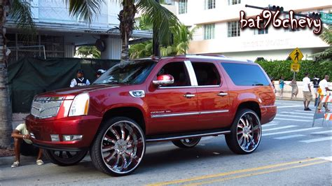 "Cadillac Escalade ESV LIFTED on 32"" FORGIATOS - 1080p HD"
