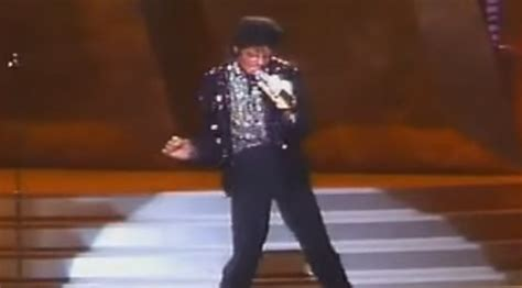 Michael Jackson Performing 'Billie Jean' Live For The