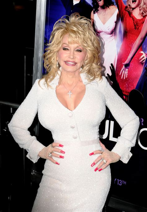 Dolly Parton, Diamond - Dolly Parton Photos - Celebs at